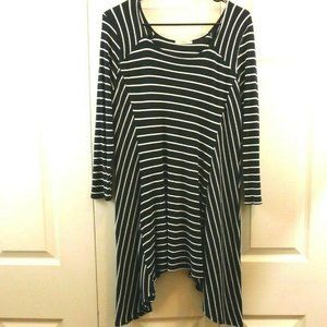 Jodifl Blue & White Striped Medium Tunic Top